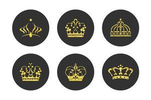 Conjunto de vetores de coroa de ouro dourada grátis