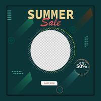 modelo de postagem de mídia social de venda de verão moderno vetor