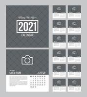 modelo de calendário quadrado 2021 vetor