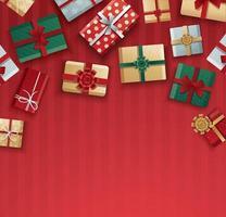 caixas de presente de natal em padrão de listra vermelha vetor