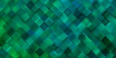 modelo verde claro com retângulos.