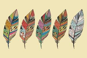 coleção de penas coloridas tribais vintage desenhadas à mão vetor