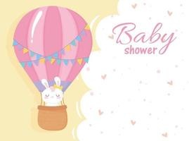 chá de bebê, coelho branco em balão de ar cartão comemorativo de boas-vindas ao recém-nascido vetor