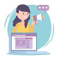 mulher mídia marketing laptop alto-falante rede social comunicação e tecnologias vetor