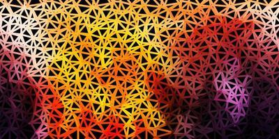 modelo de mosaico de triângulo de vetor rosa claro e amarelo.