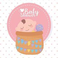 chá de bebê, menino na cesta com chocalho, celebração bem-vindo recém-nascido vetor