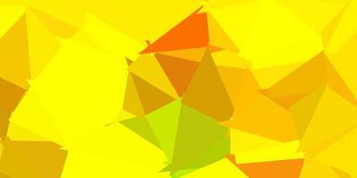 padrão em mosaico do triângulo do vetor verde-claro e amarelo.