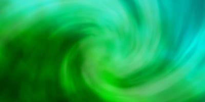 modelo de vetor verde claro com céu, nuvens.