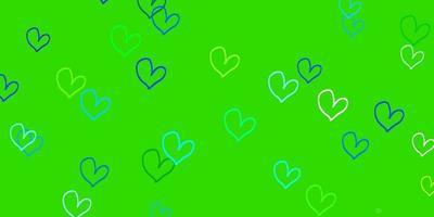 modelo de vetor azul claro e verde com corações de doodle.