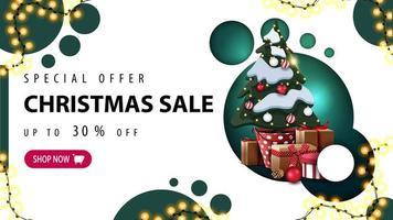 oferta especial, liquidação de natal, até 30 de desconto, banner de desconto com design moderno com círculos verdes e árvore de natal em um pote com presentes vetor