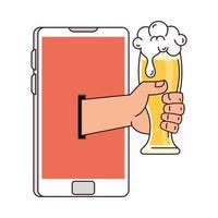comunicação distante, mão segurando um copo de cerveja na tela do smartphone