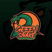 mão desenhada de ilustração de cobra verde para t-shirt, papel de parede, logotipo ou tatuagem. ilustração de cobra verde isolada em fundo escuro. vetor