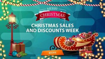 venda de natal e semana de desconto, banner azul de desconto com guirlandas, lanterna e trenó de Papai Noel com presentes