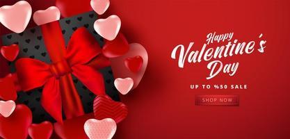 cartaz de venda do dia dos namorados ou banner com muitos corações doces e caixa de presente de cor preta sobre fundo de cor vermelha. promoção e modelo de compra ou para amor e dia dos namorados. vetor