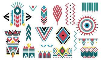 boho colorful. conjunto de elementos decorativos tribais isolado no fundo branco.