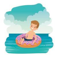 garotinho fofo com maiô e donut flutuando no mar vetor