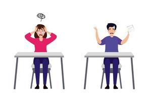 casal estressado em mesas