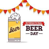 celebração do dia internacional da cerveja com lata de cerveja vetor