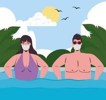 casal em trajes de banho, usando máscaras faciais na praia