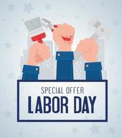 banner publicitário de promoção de venda do dia do trabalho com as mãos segurando ferramentas vetor