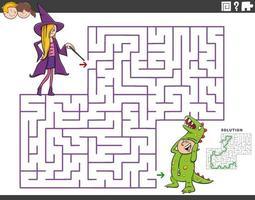 jogo educativo de labirinto com menina e menino na festa à fantasia vetor