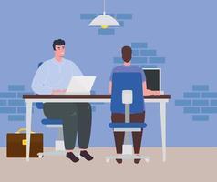 homens com laptops trabalhando, conceito de trabalho em equipe