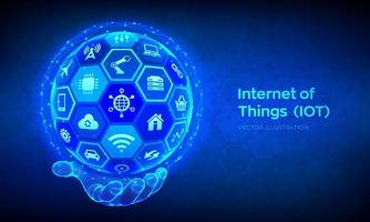 iot. internet do conceito de coisas. tudo conectado à rede de conceito de dispositivo e negócios com internet. esfera 3d abstrata ou globo com superfície de hexágonos na mão de estrutura de arame. vetor