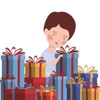 garotinho com celebração de presentes de natal vetor