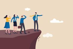 gerente liderando seus funcionários na direção errada