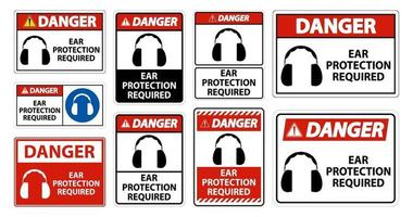Perigo proteção auditiva necessária símbolo sinal isolado em fundo transparente, ilustração vetorial vetor