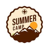 Emblema de remendo de acampamento de verão vetor
