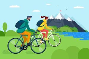 jovem casal andando de bicicleta nas montanhas. meninos e meninas ciclistas com mochilas em bicicletas viajam na natureza.