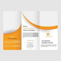 modelo de folheto de brochura comercial dobrável vetor