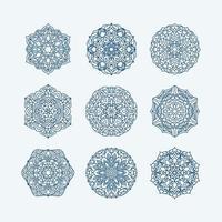 coleção de mandalas. redondo padrão de ornamento. elementos decorativos vintage. mão desenhada fundo. motivos islâmicos, árabes, indianos, otomanos. vetor