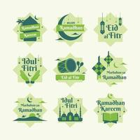 conjunto de emblemas de boas-vindas do ramadhan vetor