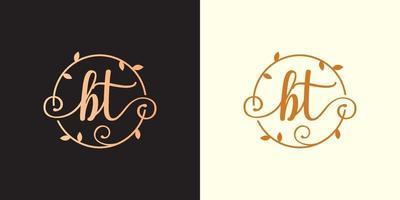 logotipo decorativo, luxuoso da letra bt inicial, monograma elegante dentro de um talo circular, caule, ninho, raiz com elementos de folhas. logotipo do casamento do buquê de flores da carta bt vetor