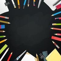 quadro-negro da escola com objetos diferentes. moldura de vetor para um texto
