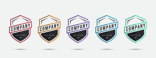 modelo de design do logotipo da empresa. design de crachá certificado com formato de esportes de escudo. ilustração vetorial. vetor