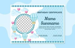 certificado de aniversário para uma menina doce vetor