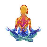 mulher abstrata meditando com respingos de aquarelas. lotus yoga pose fitness. ilustração vetorial de tintas vetor