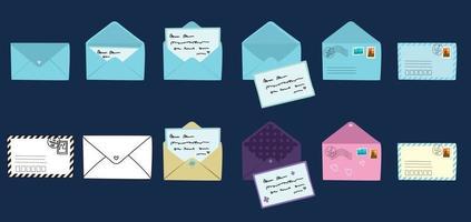 cartão postal e envelope definido. modernos cartões postais desenhados à mão e envelopes com selos postais. coleção de designs de cartas de amor e amizade. ilustrações vetoriais para web e impressão. vetor