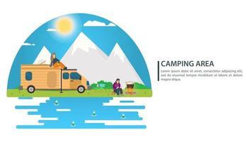 ilustração da paisagem do dia ensolarado em estilo simples carro casa com rodas fogueira montanhas floresta e água pessoas em fundo de férias para acampamento de verão turismo de natureza camping ou caminhada conceito de design vetor