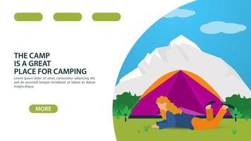 página para o design de um site ou aplicativo móvel tema de acampamento de verão uma garota deita-se na frente de uma barraca de turismo ilustração vetorial plana vetor
