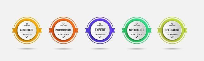 projeto de logotipo de crachá certificado para certificados de crachá de treinamento da empresa para determinar com base em critérios. conjunto pacote certifica o modelo de ilustração vetorial colorida. vetor