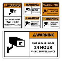 avisando que esta área está sob sinal de símbolo de vigilância por vídeo 24 horas vetor