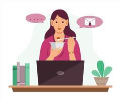 mulher freelance comendo comida enquanto trabalhava online em casa com o laptop. vetor