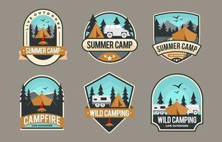 coleção de crachás de acampamento vetor