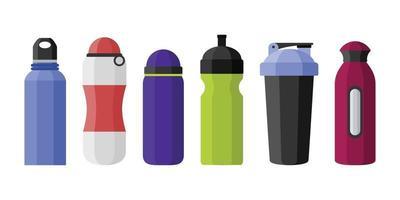 garrafas de água esportivas com várias formas isoladas no fundo branco vetor