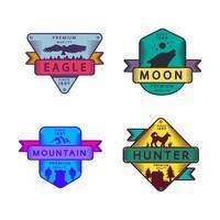 mosca águia e caçador lua e montanha logotipo vetor