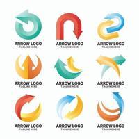conjunto de logotipo gradiente de forma de seta vetor